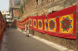 72 mur tissus mariage rue Varanasi
