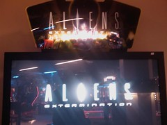 Aliens extermination arcade game