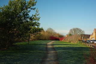 20100101-01_Perimeter Path-Cawston Grange Estate