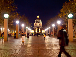 San Francisco by Night: City Hall