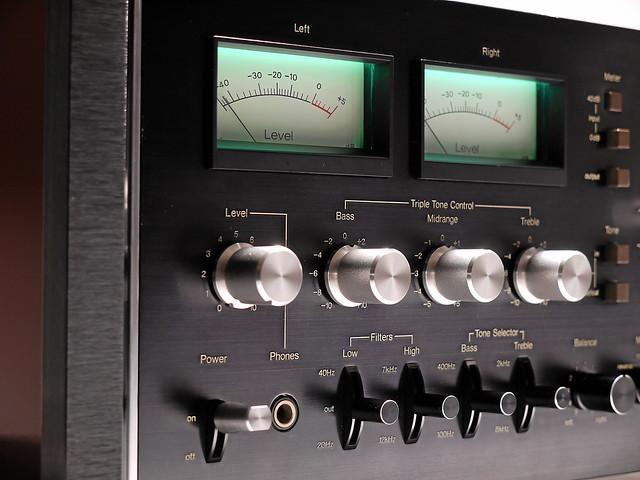 Sansui CA 3000 Stereo Preamplifier