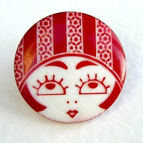 red flapper button