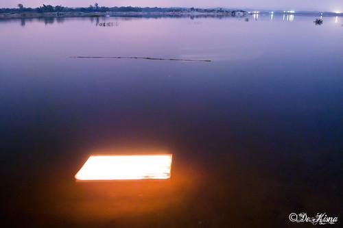 sunset lake landscape pond lightstreak trailinglights