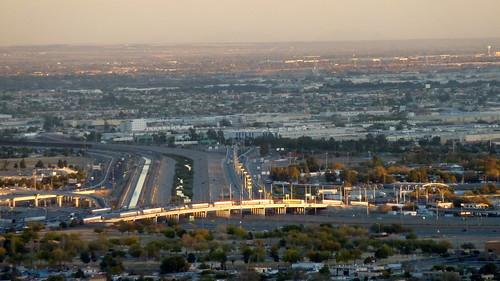 usa river mexico texas elpaso riogrande mountfranklin topviewed ciudadjuárez bridgeoftheamericas franklinmounains