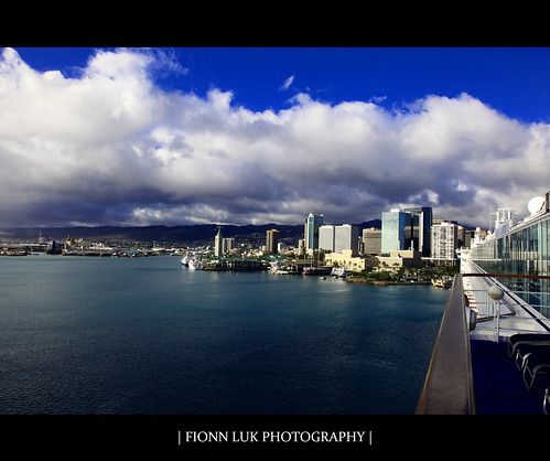 trip cruise blue vacation mountain nature water clouds america canon buildings landscape island hawaii harbor downtown ship view oahu perspective pride scene line norwegian 5d honolulu luk fionn prideofamerica cruiseline norwegiancruiseline