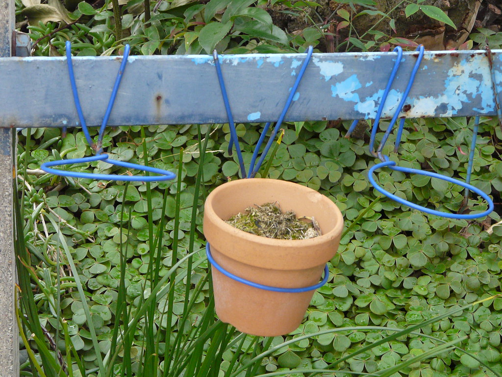 wire pot plant hangers fixes