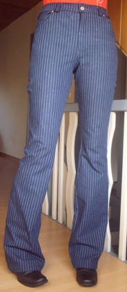 striped_jeans_front