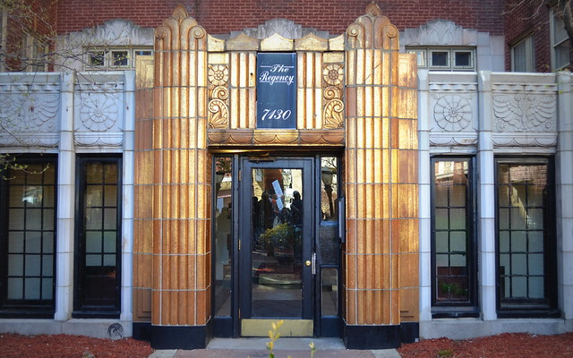 Art Deco Apartment Building The Regency In South Shore O