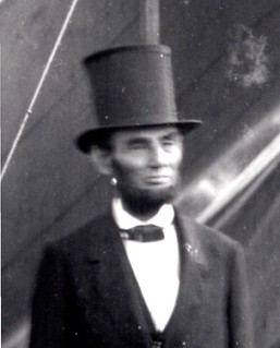 abe_lincoln_top_hat
