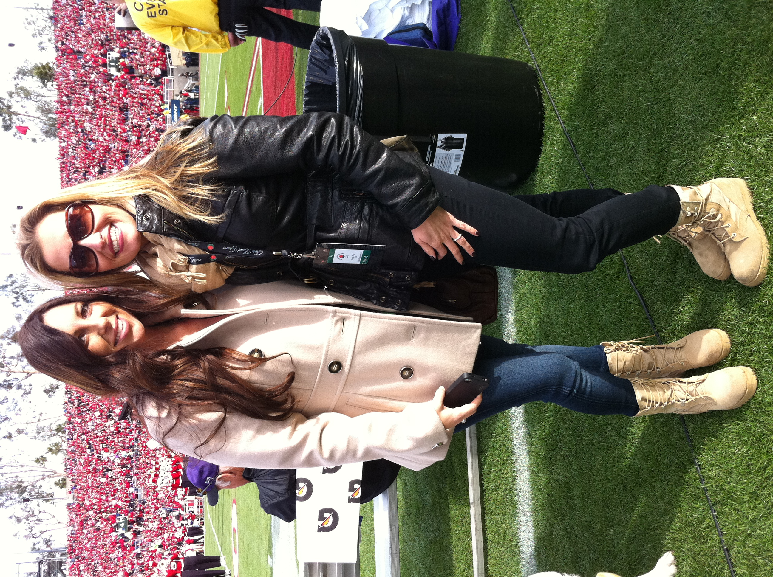 Rose Bowl Game 2011 - Melanie Luttrell and Boot Girl ...