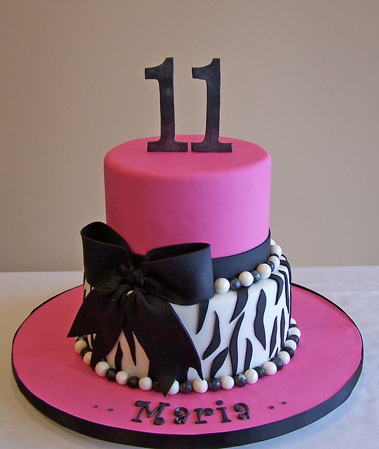 Zebra Design Birthday Cake : 5365680200_6b43fb12dc_z.jpg