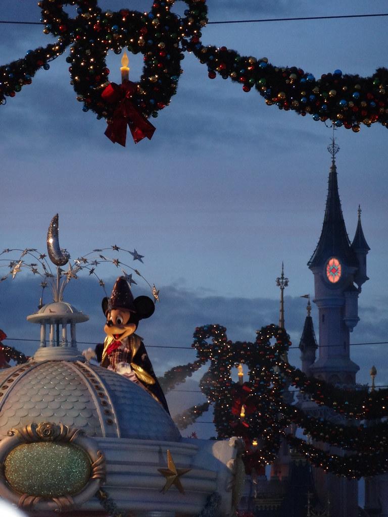 Un séjour pour la Noël à Disneyland et au Royaume d'Arendelle.... - Page 4 13695576295_f3ec6682a4_b