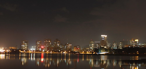 nightphotography lake reflection lights highrise nightlife hiranandani solitare powailake hiranandanipowai nightlifepowai powaibynight