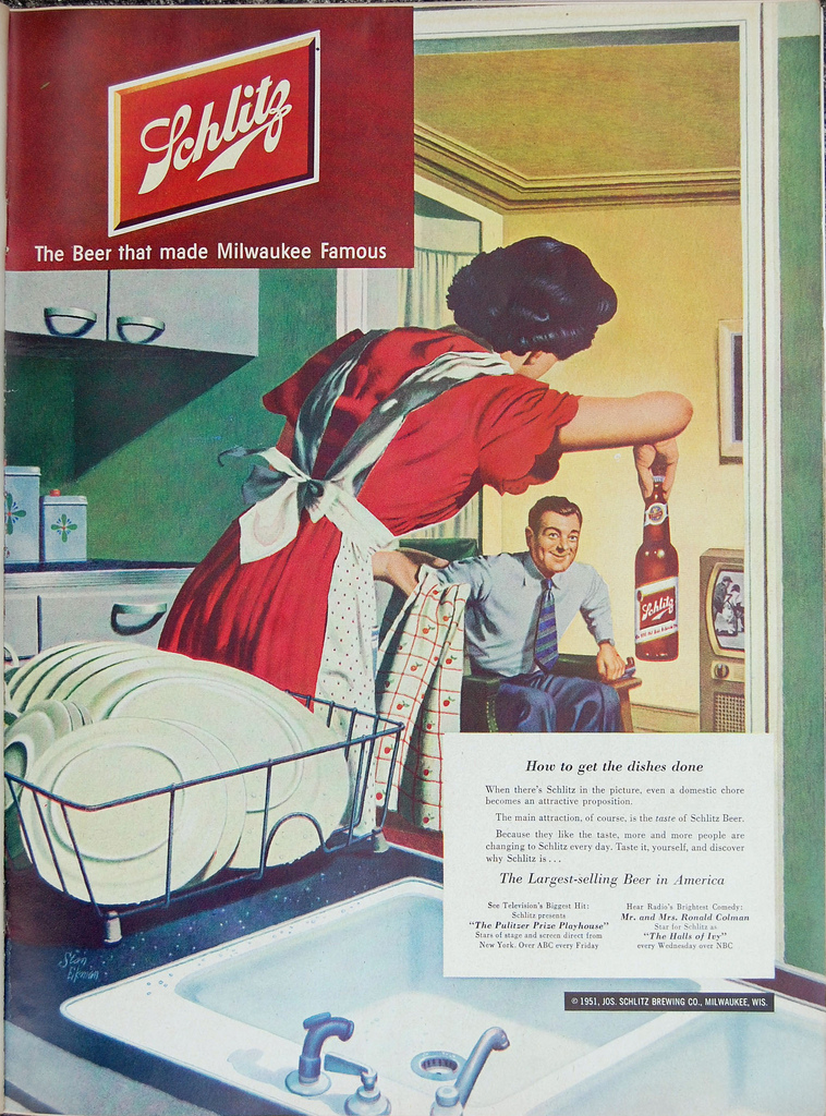 Schlitz-1951-dishes