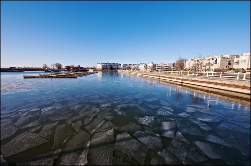 ontario cold ice marina harbour cobourg