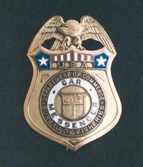 locket(0.0), award(0.0), medal(0.0), badge(1.0),