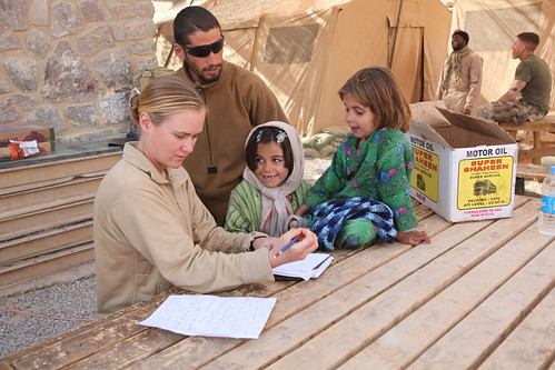 FET leader from Wisconsin bridges language barriers between local Afghan children, coalition forces [Image 3 of 7]