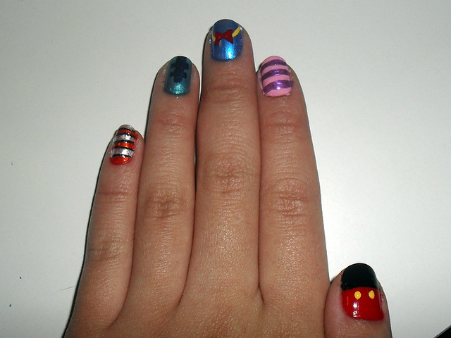 The Enchanting Disney donald duck nail art Pics