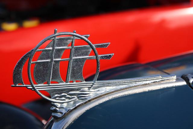 1934 Plymouth Emblem