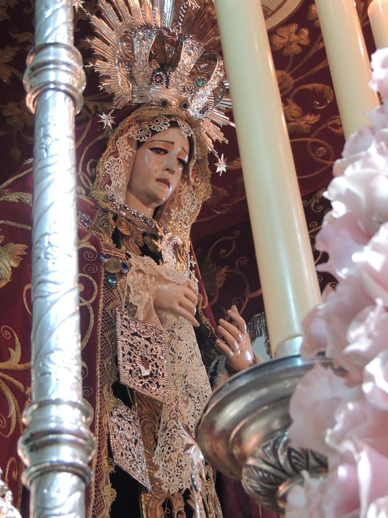 Corazón y Escapulario para la Virgen de los Dolores de Huelva