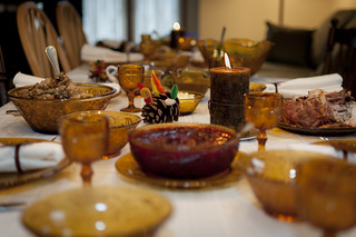 Thanksgiving Table by vxla on Flickr under CC BY 2.0