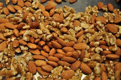 cinnamon buns/nuts