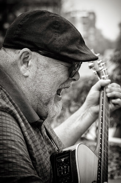 Buskers 2014 315 bw
