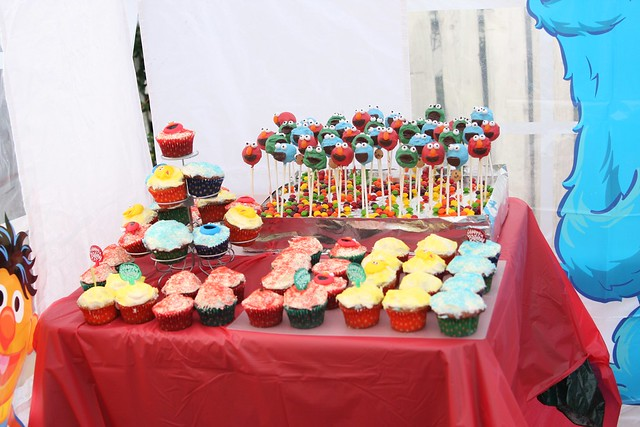 cake pops and cupcakes for the boys' third bday