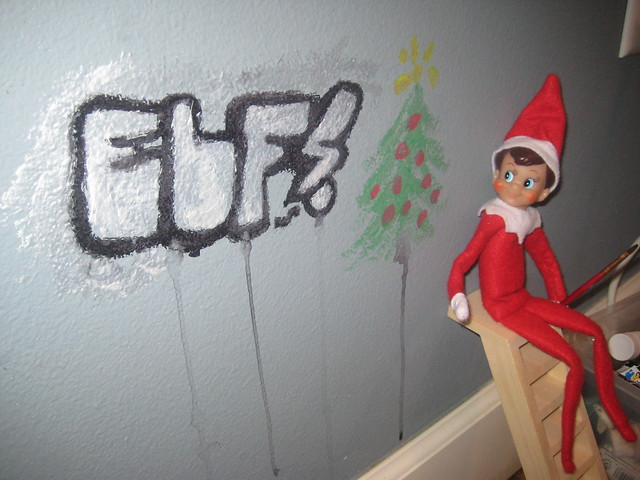 Elf tagging flickr photo sharing for Pool show 5168
