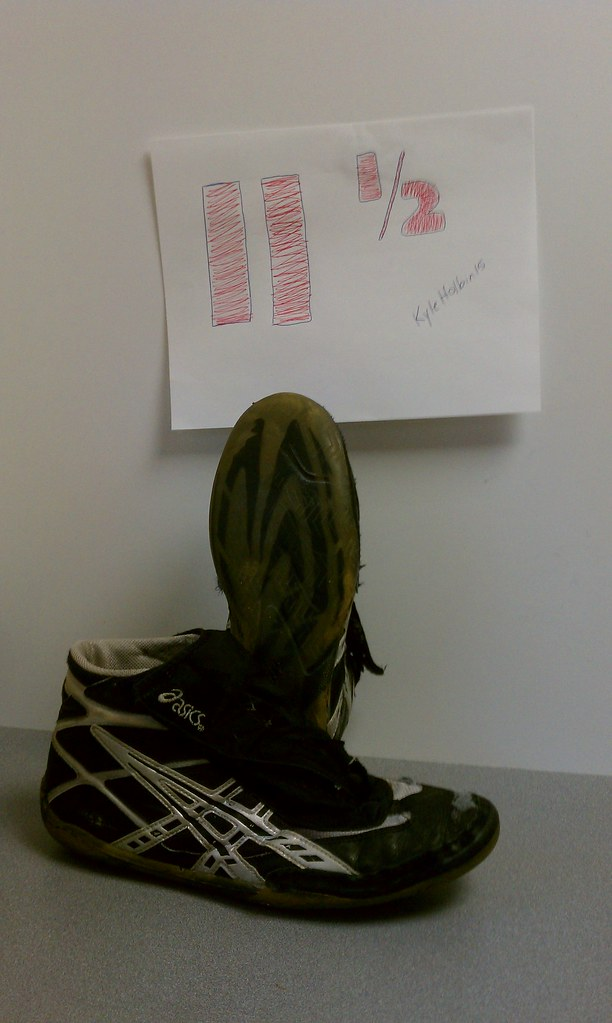 Asics Cael Sanderson v1s | Size is posted above shoe in pict… | Flickr