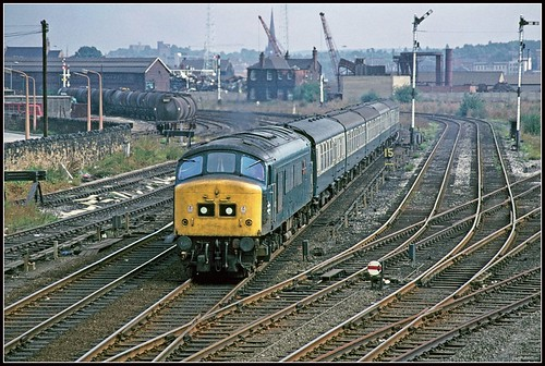 yorkshire peak signals 1977 rotherham oiltanks southyorkshire sulzer semaphores class45 masborough 45137 class451 holmesjunction