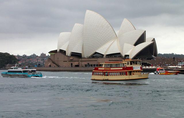 3/1/2011 Sydney harbour.