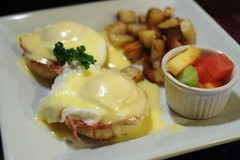 Canadian Back Bacon Benedict @ Jacqueline Suzanne&…