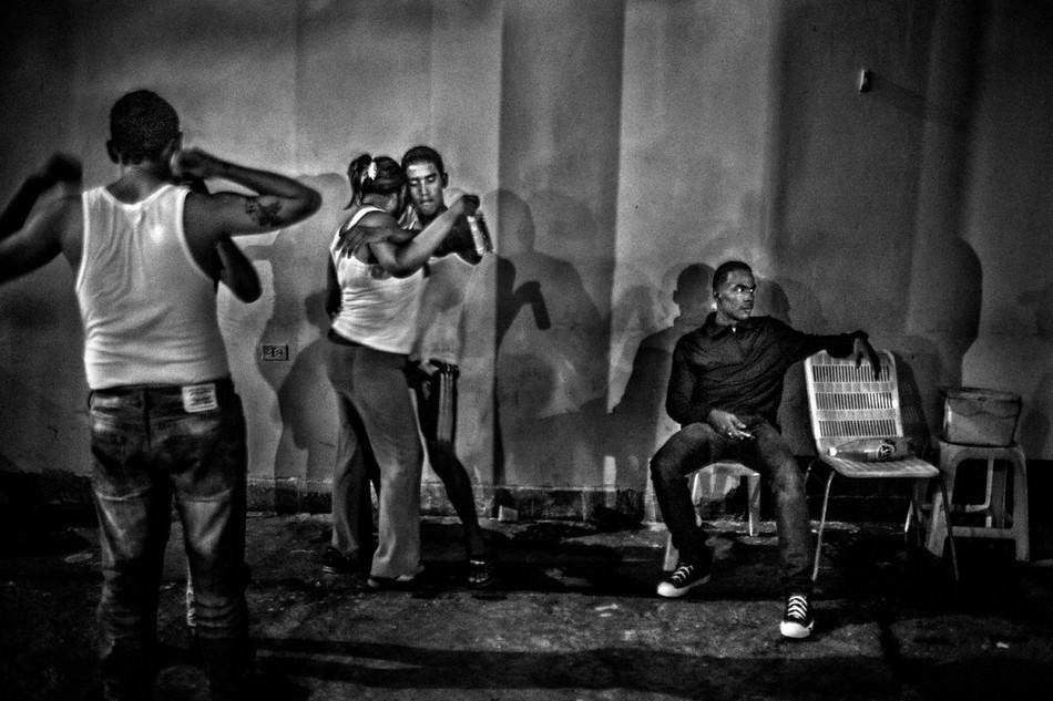 邊緣文化/委內瑞拉最危險監獄—牆內的混沌與罪惡17