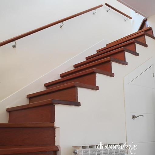 Escalera de pelda os de madera sin barandilla a photo - Escaleras de peldanos ...