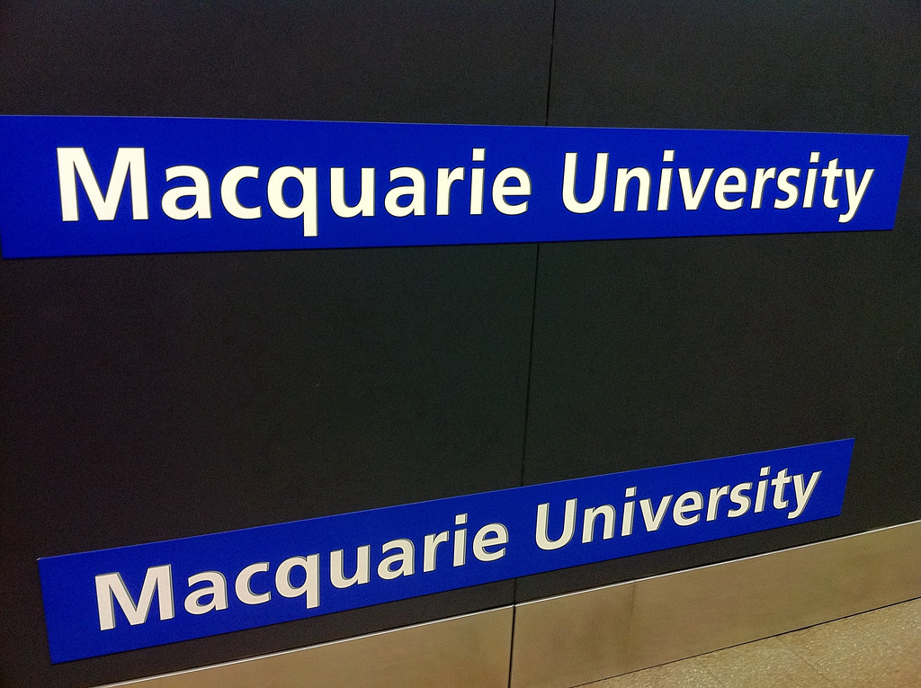 Macquarie University Signage
