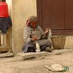 Spinning Wool - Annapurna Circuit, Nepal