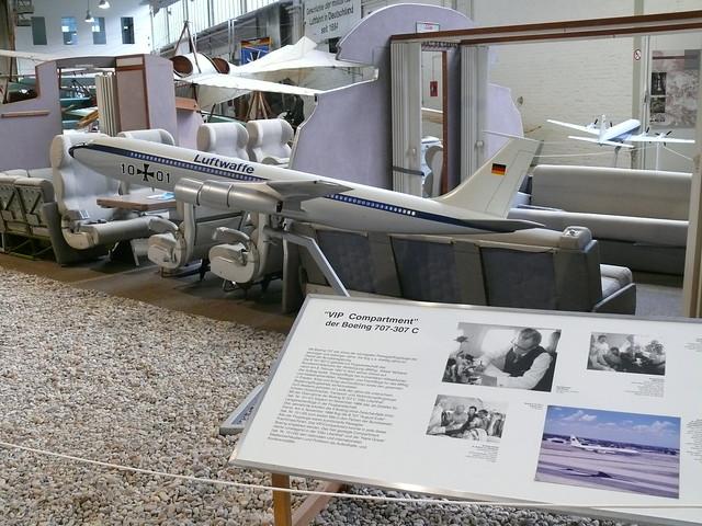 B707 Modell 10+01