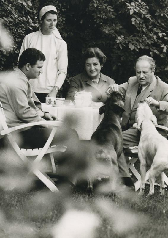 Bruno Kreisky Im Kreise Seiner Familie 1965 Foto C Wenz Flickr