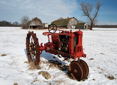 agriculture(0.0), snow removal(0.0), snowplow(0.0), agricultural machinery(0.0), snow blower(0.0), tractor(0.0), winter(1.0), vehicle(1.0), transport(1.0), snow(1.0),