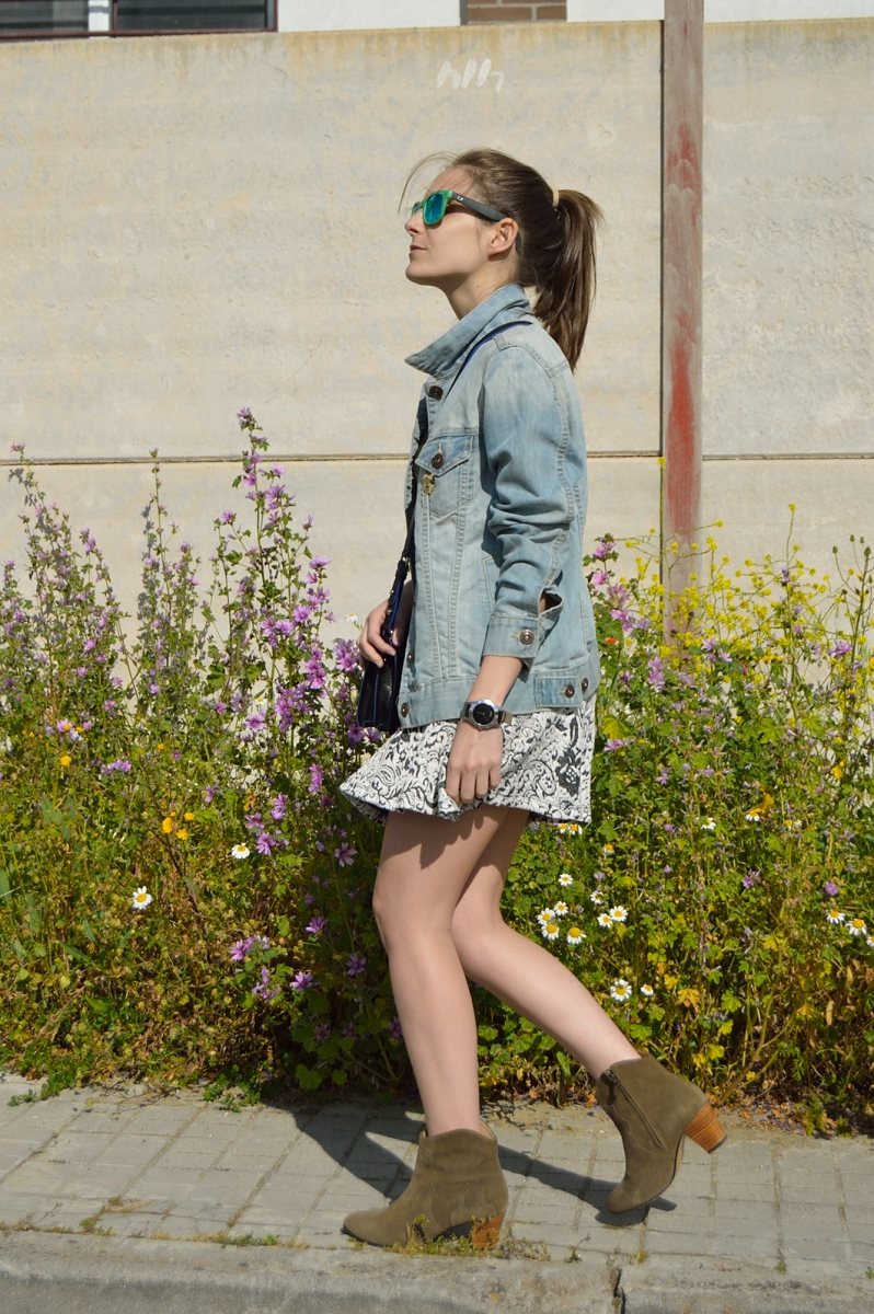 lara-vazquez-madlula-blog-easy-fashion-look-skirt