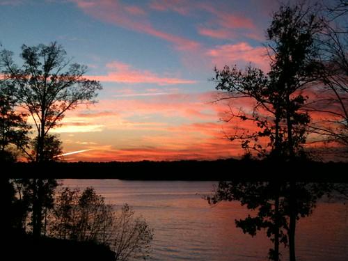 thanksgiving sunset sky lake clouds ga moblog georgia 2010 lakeoconee iphone