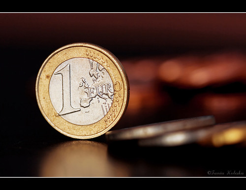 stilllife money macro art closeup canon photography gold photo coin flickr raw bokeh euro dollar photographyart macrophotography artphotography canonef100mmf28macro 400d canon400d taniaphotography taniakoleska