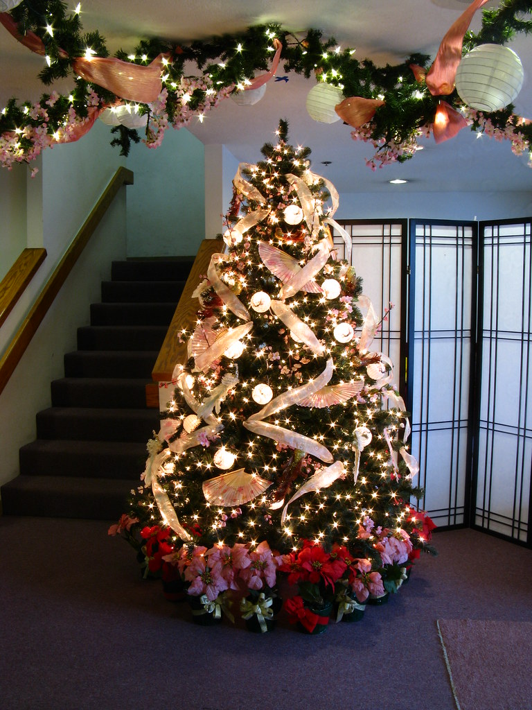 california christmas tree decorations. Black Bedroom Furniture Sets. Home Design Ideas