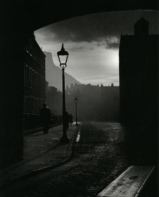 A street in Edinburgh, by Bill Brandt 1942