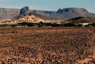 101230 Touareg festivals, scenery draw tourists to Algerian desert 02 | مهرجانات الطوارق والطبيعة الساحرة تستقطب السياح إلى الصحراء الجزائرية  | Les festivals Touaregs et les paysage attirent les touristes dans le désert algérien