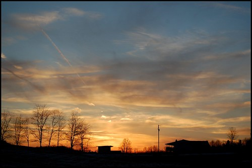 blue sunset sky yellow mttabor