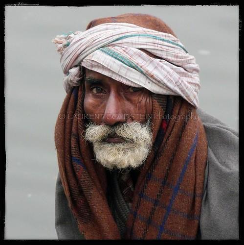 morning winter portrait people india man water river square emotion skin expression atmosphere human elder varanasi turban kashi ganga ganges ghats benares benaras uttarpradesh भारत indiasong