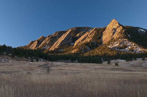 sunrise day clear flatirons