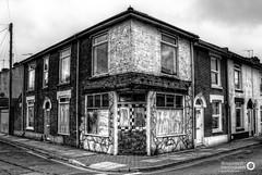22/365 Abandoned Portsmouth - Corner-Shop